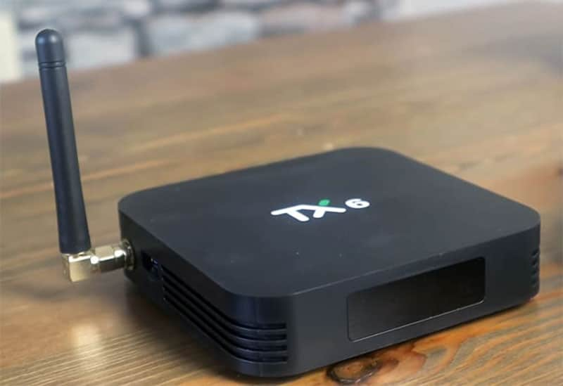 boitier tv tx6 avec antenne wifi