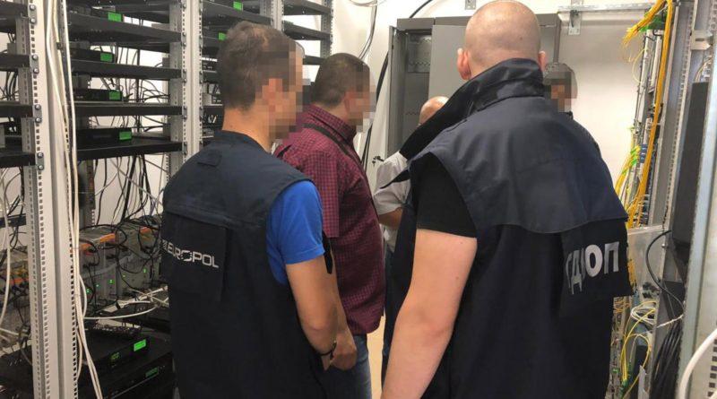 Europol en arrestation devant des serveurs IPTV